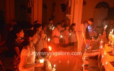ICYM Madanthyar unit holds Taize Prayer