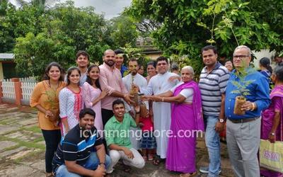 ICYM Pakshikere unit celebrates Laudato Si - Spreading Greenery