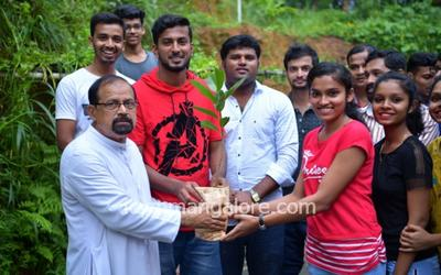 ICYM Madanthyar unit celebrates Friendship Day with Nature
