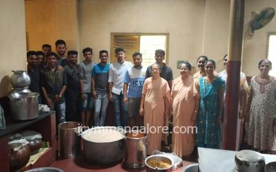 ICYM Moodbidri Unit organises 'Young ones with the elder ones'
