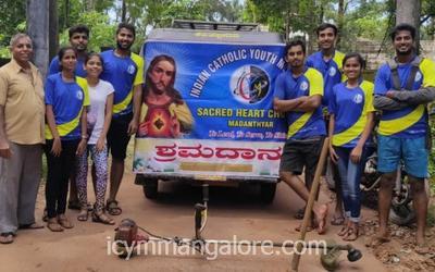 ICYM Madanthyar unit at 'Shramadan'