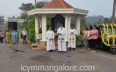 ICYM Madanthyar unit holds 'Vehicle Blessing' ceremony