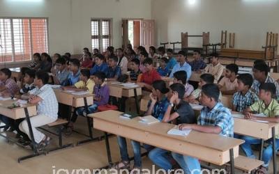 ICYM Madanthyar unit organises Career Guidance Programme